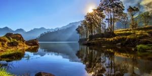 Danau Segara Anak Taman Nasional Gunung Rinjani